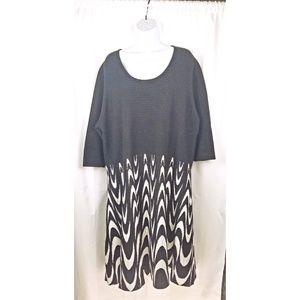 Sandra Darren size 3X black white dress